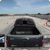 Vídeo: Dirigindo um carro de verdade ao melhor estilo GTA